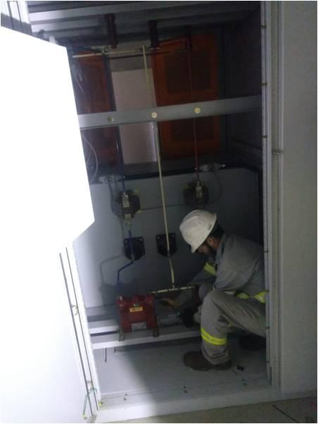 Manutenção preventiva em cabine primária