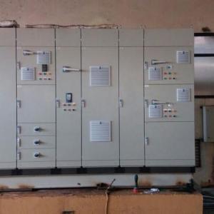 Painéis elétricos de baixa e media tensão